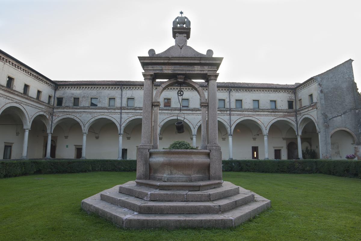abbazia-interno